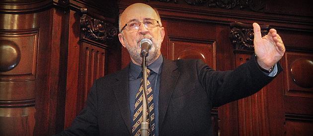 Quórum cai e Luiz Paulo critica base do governo