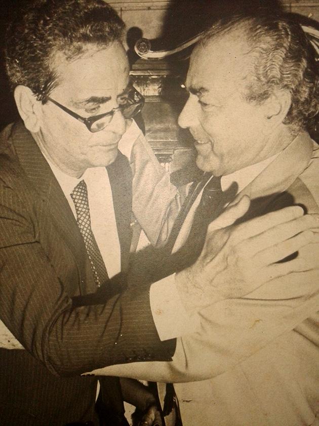 Foto: Brizola na posse do prefeito Marcello Alencar, em 1989.