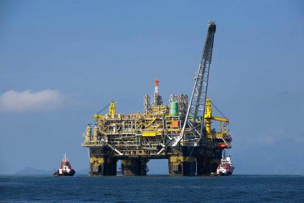 oil_platform_p-51_brazil-2_red