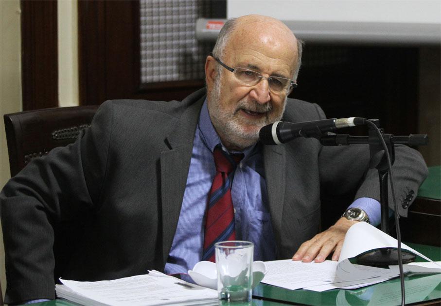 Luiz Paulo apresenta voto pela rejeição da LDO 2019