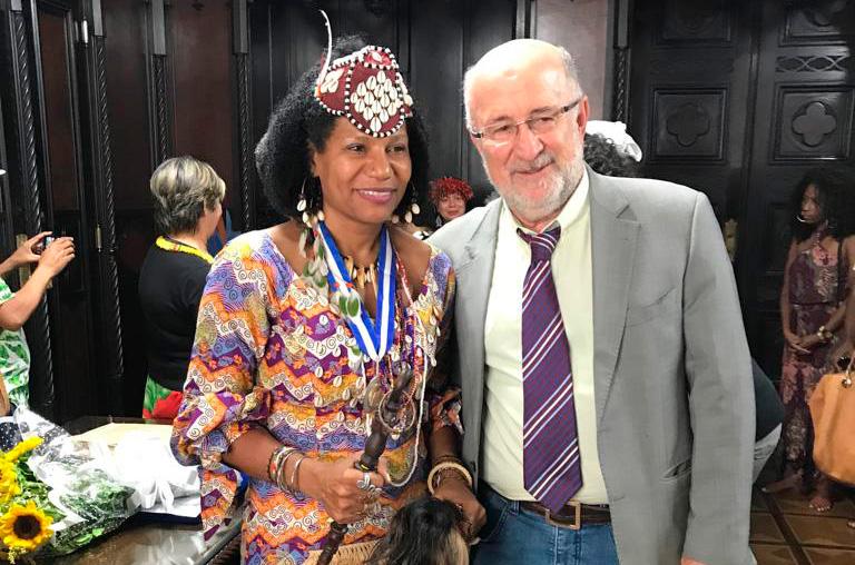 A Alerj recebe visita da Rainha do Congo